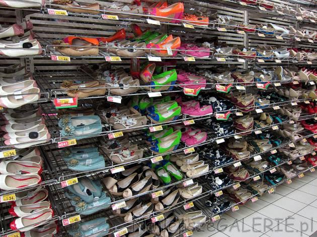 Duży wybór butów w Auchan NajlepszeGALERIE.pl