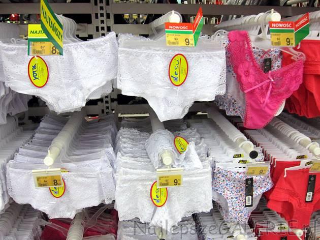 71e25b7c12d582 Koronowe figi damskie w kolekcji Auchan. Bielizna za 9-10 zł. Delikatny  materiał