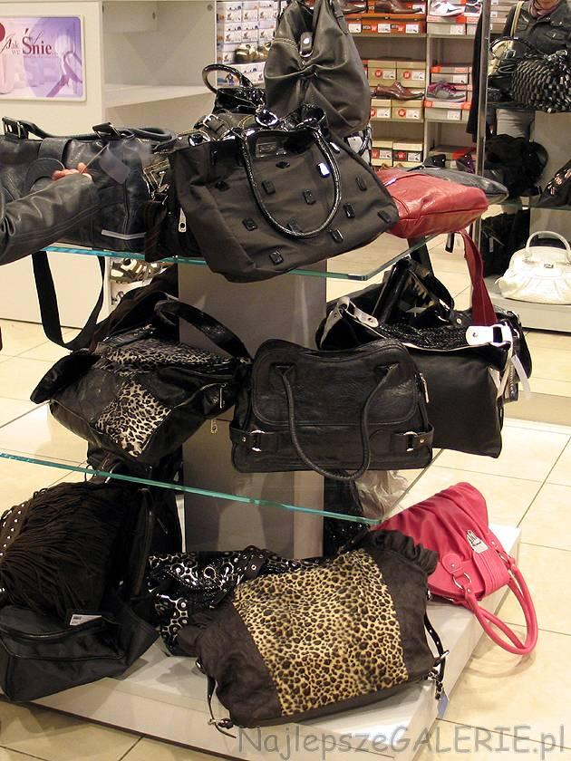 03033139ffeb1 Torby i torebki CCC kolekcja jesień zima 2010 2011 - NajlepszeGALERIE.pl