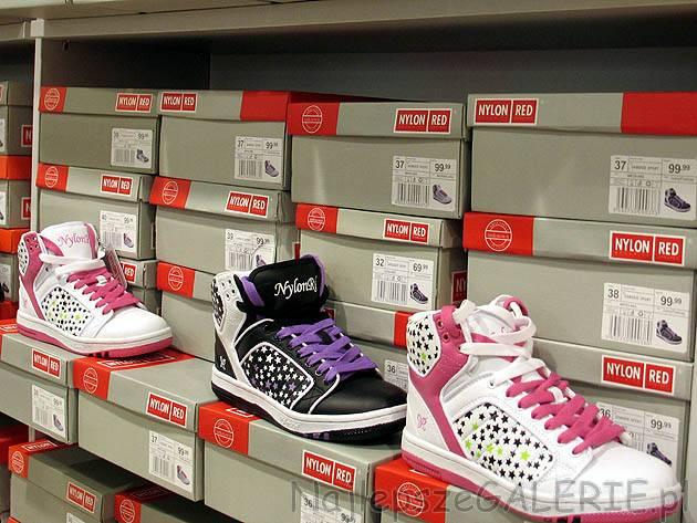 7175ddfc53a51 Buty młodzieżowe, damskie sportowe. Cena 99,99PLN. Nylon Red. Kolor biały